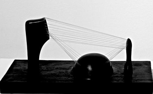 Stringed figure (1937) - Henry Moore (1898 - 1986)