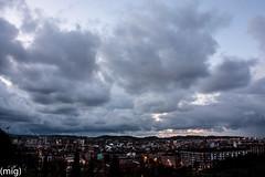 ((mig)) Tags: city sky clouds gijn ciudad cielo nubes xixn pericones