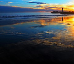 Last Night's Sky (Christopoulos (away for awhile...)) Tags: waltonlighthouse lighthouse santacruz twinlakes sky sunset reflections waves tide blue gold cloudsbeach ocean pacificocean pacific
