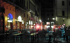 last night in florence (kexi) Tags: florence firenze florencja italy europe toscany tuscany night cafe empty outdoor lights street samsung wb690 november 2015 instantfave