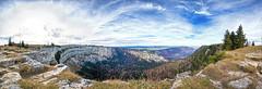 Creux Du Van Panorama (d/f) Tags: jura juramountains neuenburg neuchâtel kantonneuenburg noiraigue valdetravers felsenkessel ausräumungskessel cirquerocheuxdenviron rockycirque schweiz suisse svizzera switzerland