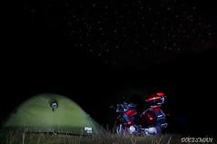 Moto camping (DOCESMAN) Tags: camping bike honda stars estrellas moto motorcycle nocturna motor deauville motorrad motorcykel acampada moottoripyörä motocykel motorkerékpár nt700v ntv700 docesman mototsikl danidoces