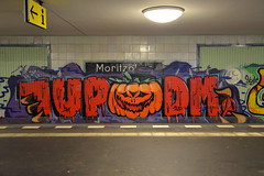 1UPDM (Florian Hardwig) Tags: berlin halloween kreuzberg graffiti jackolantern ubahn moritzplatz