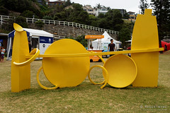 20151031-122-Sculpture by the Sea Bondi 2016 - Middleground by Philip Spelman (Roger T Wong) Tags: people art bondi outdoors sydney australia installation nsw newsouthwales sculpturebythesea crowds scultpure tamarama 2015 sony2470 rogertwong sel2470z sonyfe2470mmf4zaosscarlzeissvariotessart sonya7ii sonyilce7m2 sonyalpha7ii