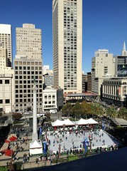 Union Square Ice Skating (jerimiah1martinez) Tags: sanfrancisco california winter people fun holidays iceskating skating macys unionsquare cheesecakefactory colder topfloor annualevent