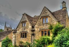 CASTLE COMBE (toyaguerrero) Tags: uk inglaterra england english architecture rural britain cottage cotswolds quintessential englishness maravictoriaguerrerocataln toyaguerrero