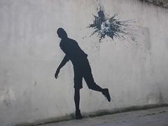 by Pejac (tofz4u) Tags: streetart paris graffiti tag artderue 75013 ledjeunersurlherbe edouardmanet pejac