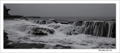 Overflowing (jongsoolee5610) Tags: seascpae maroubra sydney australia sydneyseascape flowing overflowing sea wave