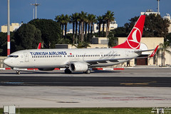 Turkish Airlines --- Boeing 737-900ER --- TC-JYB (Drinu C) Tags: adrianciliaphotography sony dsc hx100v mla lmml plane aircraft aviation turkish airlines boeing 737900er tcjyb 737