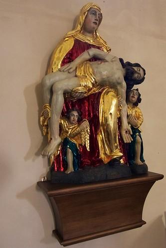 Pieta (XVIII w) w kościele Wniebowzięcia NMP i św. Stanisława BM w Bodzentynie