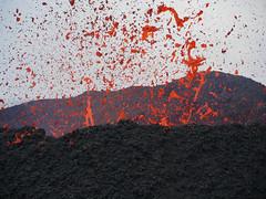 volcan02-13 (loïcabadie) Tags: eruption pitondelafournaise laréunion réunion volcan lave