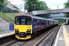 150128 British Railways Class 150 Sprinter, First Great Western, Keynsham, Somerset (Kev Slade Too) Tags: somerset firstgreatwestern keynsham sprinter britishrailways dmu class150 150128 2t53
