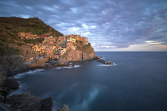 _DSC0448-1 (Ezio@Hsu) Tags: blue sunset sea sky italy landscape mediterranean sony liguria landmark views terre fe 16mm manarola cinque 1635za