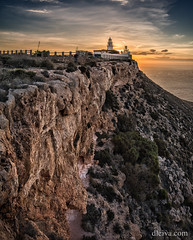 Faro de Mesa Roldan (Parque Natural de Cabo de Gata) (dleiva) Tags: park espaa lighthouse vertical de faro spain cabo natural paisaje andalucia amanecer gata andalusia domingo almeria mesa almera acantilado leiva roldan carboneras parquenatural dleiva