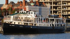 2015-09-22_299_Dublin (rcl) Tags: dublin urlaub ie schiff riverliffey seefahrt geographie 2015 monat gewsser 09september irlandurlaub anlass aufnahmedatum mvcillairne fhrepassagierschiff