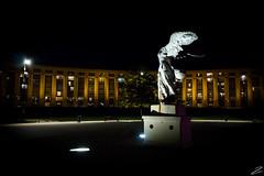 Esplanade de l'Europe, Montpellier - Novembre 2015 (Zys_) Tags: night canon montpellier nuit samothrace antigone languedocroussillon herault ricardobofill victoiredesamothrace zys placedeleurope esplanadedeleurope canoneos700d