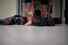Vestizione (lauraquintavalle) Tags: emergency parigi 118 emergenza soccorso divisa