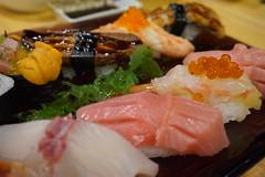 ซูชิ ชิ้นใหญ่ๆ ปลาสดๆ ต้องมาลองที่ Waza Sushi Sukhumvit33