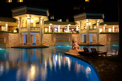 Pool Reflections - Kauai Marriott (FerencSeitz) Tags: ferencseitzphotography marriott kauai resort spa pool reflections night nikon nikor d800e