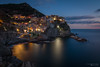 Cinque Terre 2016 [01] (Iorraine roux) Tags: cinqueterre ligurie liguria italie italia manarola village couleur bleu reflet aurore crépuscule méditerranée mer eau poselongue longexposure water sea dusk twilight reflection color canon tokina blue riflessione aurora crepusculo mare acqua