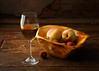 Wine and peaches (Luiz L.) Tags: luizlaercio photographersontumblr lensblr originalphotographers originalphotographersontumblr thephotographerssociety pws wine peaches