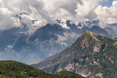Disgrazia (tra le nubi) e Alpe Palù (cesco.pb) Tags: valmalenco valtellina montedisgrazia alpepalù alps alpi italia italy lombardia montagna mountains canon canoneos60d tamronsp1750mmf28xrdiiivcld