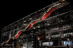 Centre Pompidou (elisagardesani) Tags: pompidou art night renzo piano