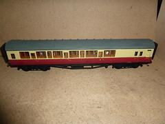 P1030122 (Milesperhour1974) Tags: sr maunsell coach bloodandcustard ogauge rtr kitbrakecorridorcomposite