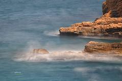 (029/17) 10 segundos (Pablo Arias) Tags: pabloarias photoshop nxd españa largaexposición mar agua mediterráneo rocas benidorm costa alicante comunidadvalenciana
