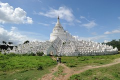Hsinbyume Paya, Mingun, Myanmar D700 1198 (tango-) Tags: burma birman birmania     myatheindanpagoda  whitepagodamandalay whitepagodamingun