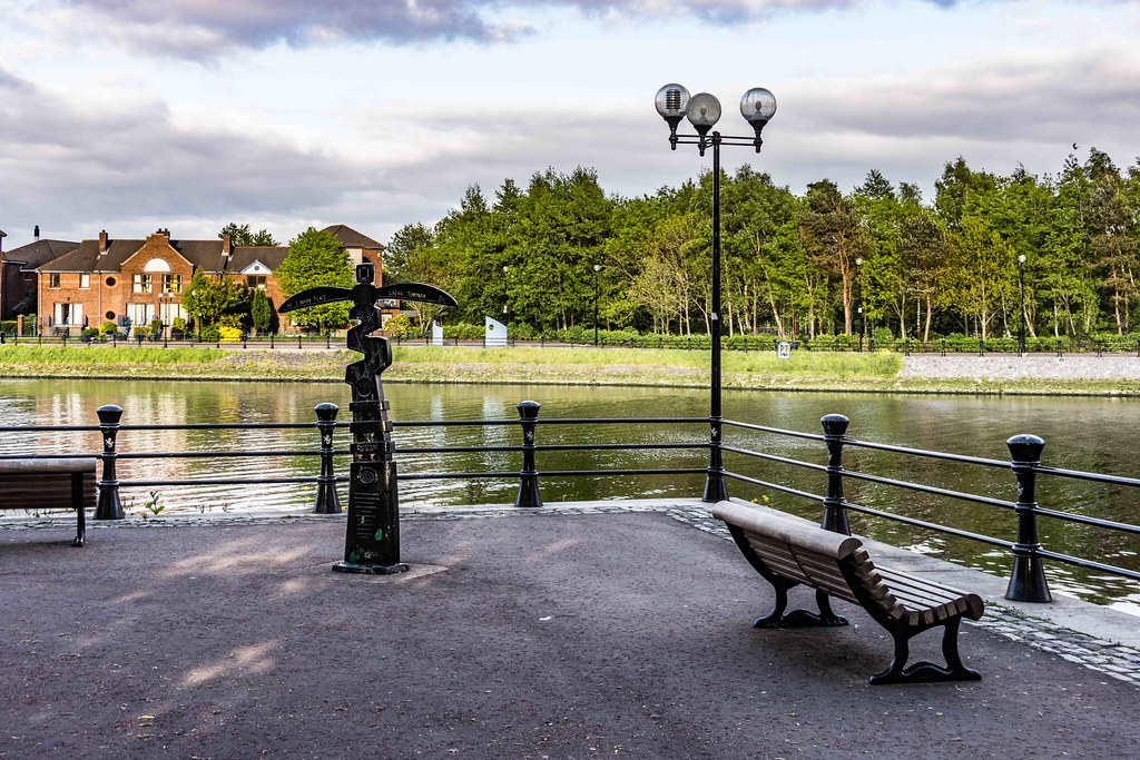 A WALK ALONG THE LAGAN TOWPATH [BELFAST]-108971