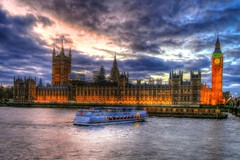 London Night Impressions (Matthias Harbers) Tags: city uk travel light england sky urban london water thames night photoshop canon river 1 evening boat waterfront unitedkingdom outdoor g housesofparliament powershot unescoworldheritagesite elements labs dxo series riverthames hdr topaz palaceofwestminster cityofwestminster photomatix 1inch tonemapped g3x
