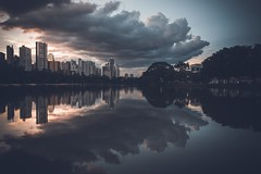Igapó lake / Lago Igapó / Londrina (marcelo.guerra.fotos) Tags: lake igapólake londrina paraná brasil brazil landscape lagoon lago beautiful cool detail nikon sunset sunlight clouds cloudy