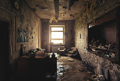Stromberg. [Explored] (Johannes Burkhart) Tags: urbex eos5d abandoned canon decay urbanexploration schattenlicht