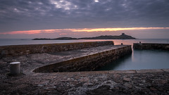 Sunrise in Coliemore Harbour - Dublin, Ireland - Seascape photography