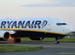 Ryanair                                  Boeing 737                             EI-EKP (Flame1958) Tags: ryanair dub 737 dublinairport acb b737 2015 boeing737 0815 eidw anticollisionbeacon ryanairb737 170815 eiekp