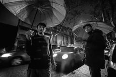 """Serie: Gente trabajando en la informalidad y vulnerabilidad. """"Cuida Coche"""" (Alfonso Rodriguez ( Fotografia )) Tags: rain lluvia nikon d750 mm f28 coches droga indigencia 140 adiccion samyang cuida"""