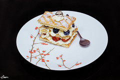 Mille Feuille Cake (iSam's) Tags: cakes fruits leaves cake japan cheese french dessert sweet handmade cream cook viet blueberry homemade meal napoleon sai crunchy thousand mile nam feuille gon whipped whipping mille 2015 isam