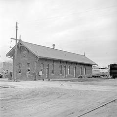 [Texas and New Orleans, Southern Pacific Freight Station, Waxahachie, Texas] (SMU Central University Libraries) Tags: sp tno railroads railroadstations espee depots