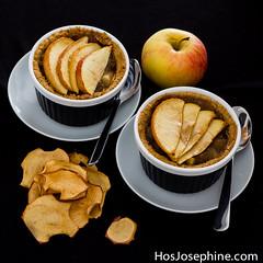 Homemade mini Pies with Apple Compote (Fredrik Ovgard) Tags: dessert applepie piecrust pierecipe applepierecipe applepiecrust dessertrecipes miniapplepie appledessert applerecipes glutenfreepiecrust applepiedessert glutenfreeapplerecipe glutenfreedessertrecipe