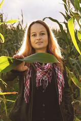 Carina (N.Naumburger) Tags: autumn summer sun girl canon eos outdoor feld mais shooting blitz acker 6d uelzen nnp nielsnaumburgerphotography