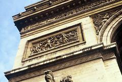 Paris (Antnio Jos Rocha) Tags: cidade paris luz architecture arquitectura monumento arco triunfo detalhe