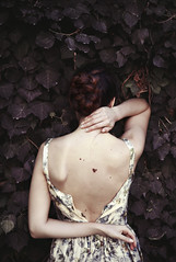 Embrassade de Feuilles (ElisaPaciPhotography) Tags: light portrait woman white green art nature beautiful beauty leaves fashion canon hair back model hands artist loneliness dress emotion fineart silence concept shoulders conceptual ritratto elegance