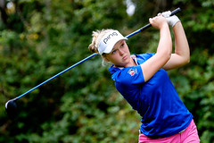 Brooke Henderson (Joe Ng Photography @ Vancouver, Canada) Tags: canada sport vancouver golf women britishcolumbia canadian professional tournament northamerica coquitlam putting golfer nationality golfswing lpga vancouvergolfclub 2015canadianpacificwomensopen