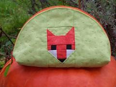 Foxy dumpling pouch for a Secret Santa Swap (Erika.de) Tags: quilt pouch fox fuchs täschchen dumplingpouch