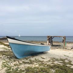 boatshed and boats (Simone Scott) Tags: sailboat boat caymanislands boatshed caymanbrac caymanian simonescott squaresternboat