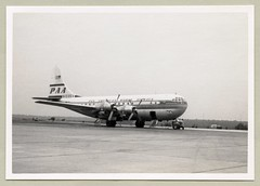 "Boeing 377 Stratocruiser (Vintage Cars & People) Tags: vintage classic black white ""blackwhite"" sw photo foto photography airtravel transworldairlines aviation boeing 377 stratocruiser 1950s fifties n1035v clipperflyingeagle clipper panam panamerican pan american world airways pa paa 15935"