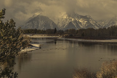 Golden hour at Oxbow bend (Fred Moore 1947) Tags: clouds grandtetonnp snow mountains sky moran wyoming unitedstates us