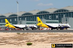 Airbus A321 Monarch (Ana & Juan) Tags: airplane airplanes aircraft airport aviation aviones airbus aviación a321 monarch monarchairlines alicante alc leal spotting spotters spotter planes canon closeup