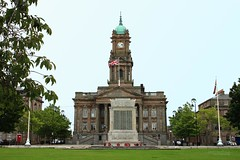 Civic Pride (innpictime ζ♠♠ρﭐḉ†ﭐᶬ₹ Ȝ͏۞°ʖ) Tags: birkenhead wirral merseyside townhall civicbuilding architecture classical granite sandstone gradeii 1887 christopherellison clock tower park hamiltonsquare warmemorial unionflag flags wreathes greengrass lamps grand assemblyrooms functionrooms wirralboroughcouncil concerthall clocktower henryhartley lionelbudden cenotaph 1901 1925 monument